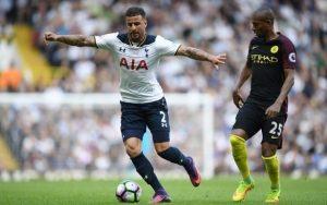 Top 10 Cầu thủ có tốc độ nhanh nhất ở Ngoại hạng Anh mùa này 2016
