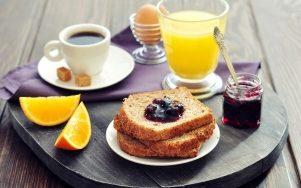 Top 10 Lợi ích quan trọng của bữa ăn sáng đối với sức khỏe và tâm trạng