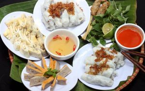 Top 10 Quán bánh cuốn ngon nhất Hà Nội