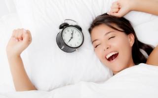 Top 10 Thói quen ngủ không tốt cho sức khỏe bạn cần chú ý
