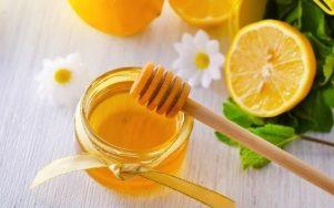 Top 6 Lợi ích cho sức khỏe của việc uống nước chanh trộn mật ong